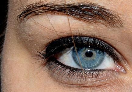 Maquillaje, lápiz de ojos